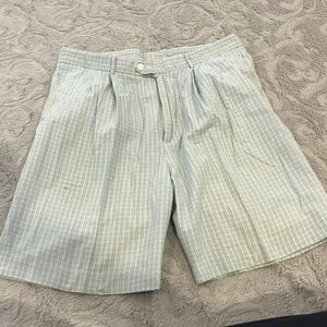 Fairway & Green Pleated Golf Shorts